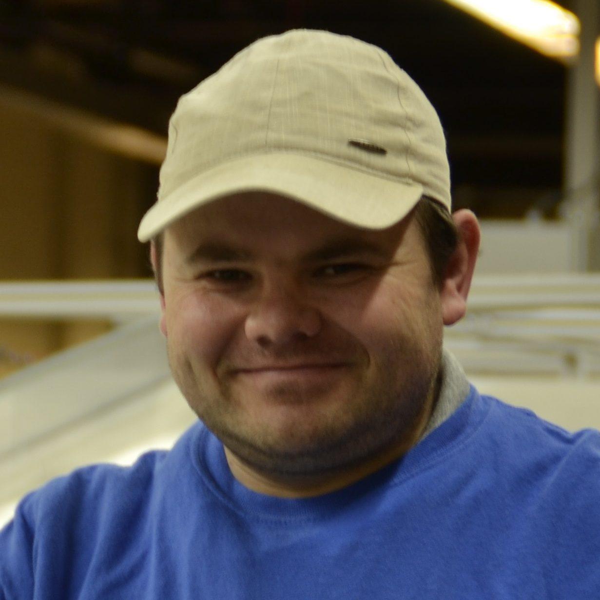Kevin Cuylaerts, medewerker van De Kringwinkel Zuiderkempen